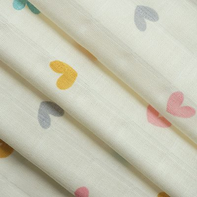Printed cotton gauze ready goods with heart pattern